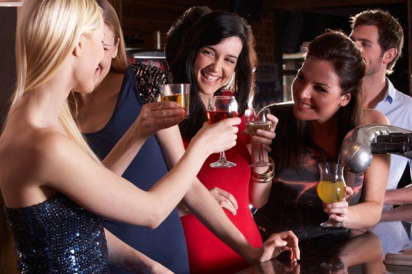 girls at the bar